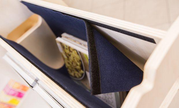 Une réserve cachée pour votre présentoir porte-documents